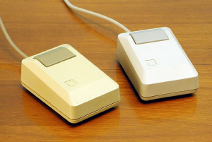 mouse-apple-lisa